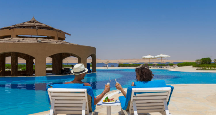 Pool Bar Byoum Lakeside Hotel Fayoum